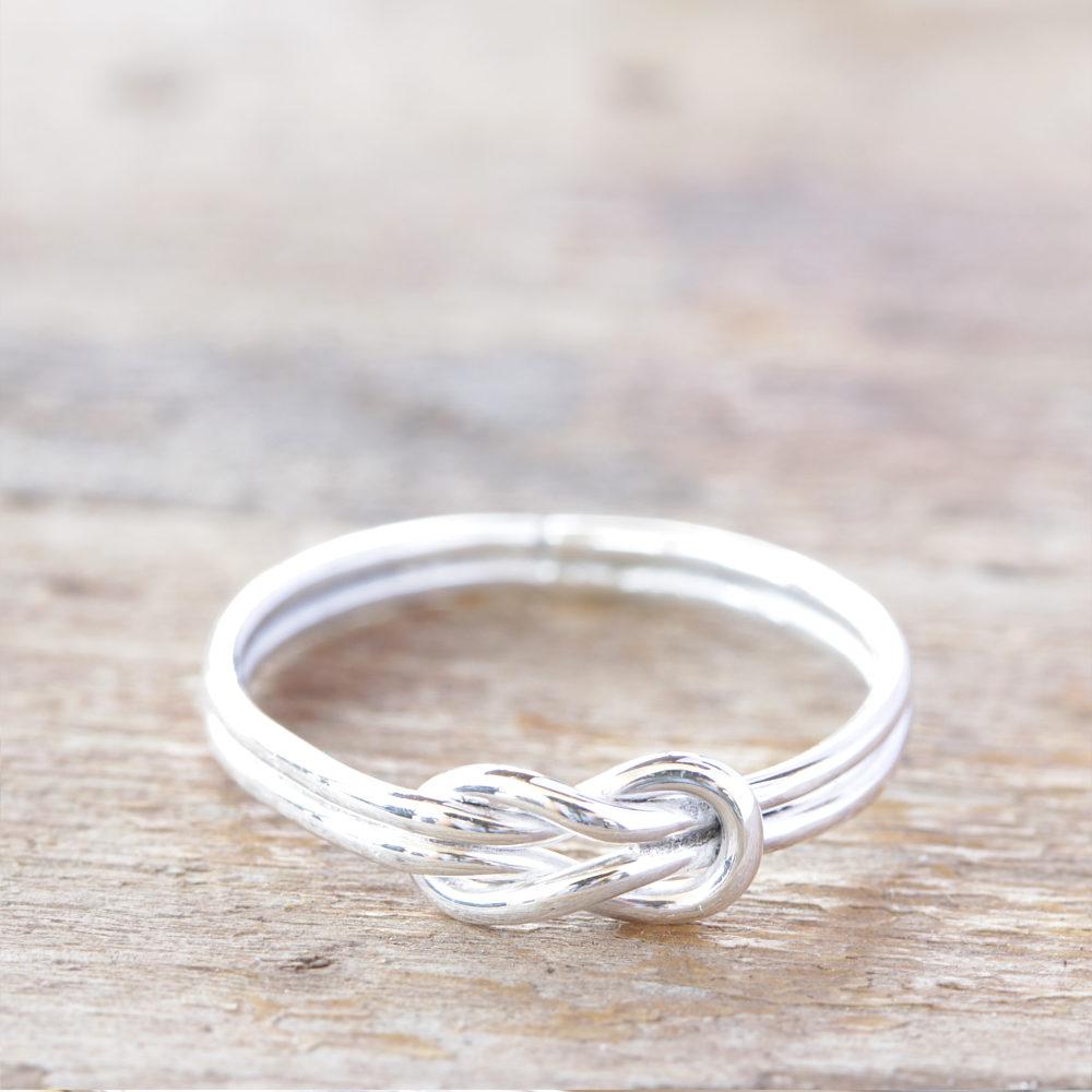 Sterlingsilber Love Knoten Ring